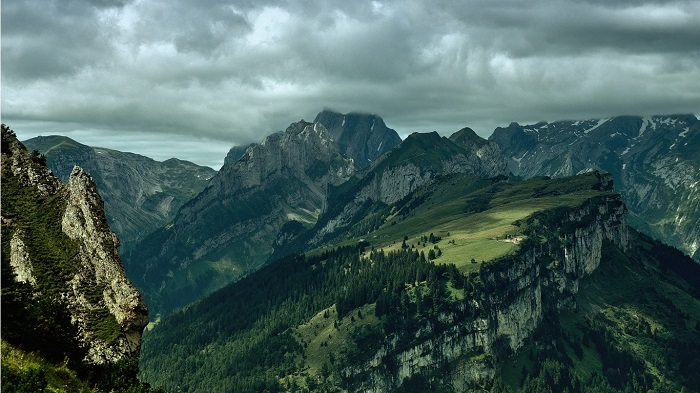 Mountains-1.jpg